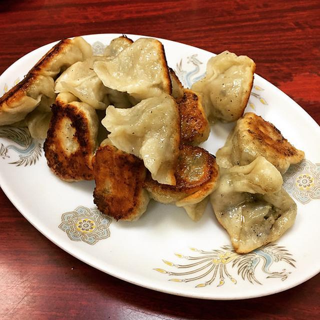 画像: 長崎チャンポンの老舗「來來來」で太麺皿うどんと一口餃子