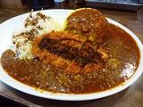 画像1: 本日のランチは西天満にあるカレー専門店「肉カレー千葉屋」に行きました。 一部のマニア?の間で話題になっている「痺れる病みつきカレー」が食べられるお店ということで、ずっと気になっていたお店に行ってきました! 基本のカレーは... emunoranchi.com