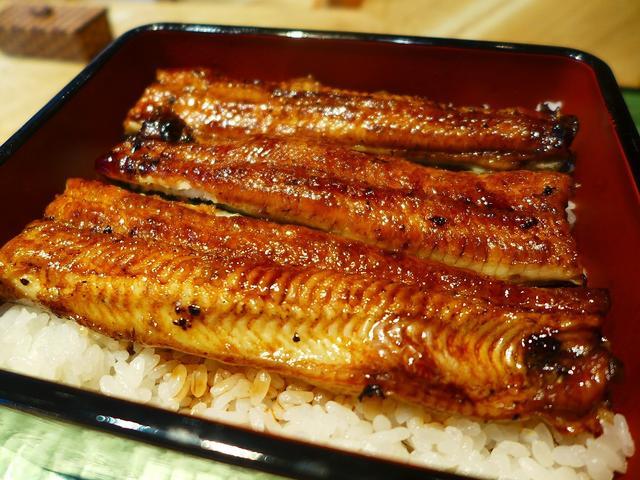 画像1: 本日のランチは千日前にある鰻のお店「大阪うなぎ組」に行きました。 飲食店が次々にオープンする昨今、うなぎ専門店というのは私のイメージの中では減っていく一方で、新店オープンというのは非常に少ないのですが、ここは今年の1月に... emunoranchi.com