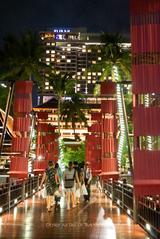 画像: AVANI Riverside Bangkok Hotel (Bangkok)ルーフトッププールからチャオプラヤー川を見降ろす