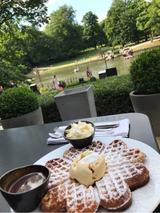 画像: 湖の上のカフェ♡