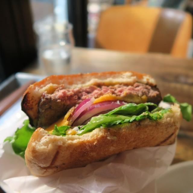画像: Meat & Bakery TAVERN(中目黒/パン・ハンバーガー)