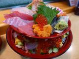 画像1: 本日のランチは東京の築地市場内にあるお寿司屋さん「うまい鮨勘 築地市場店」に行きました。 久しぶりの東京出張で、早起きをして張り切って行ってきました! 行きたいお店はたくさんあるのですが、今日は行ったことの無かったこちら... emunoranchi.com