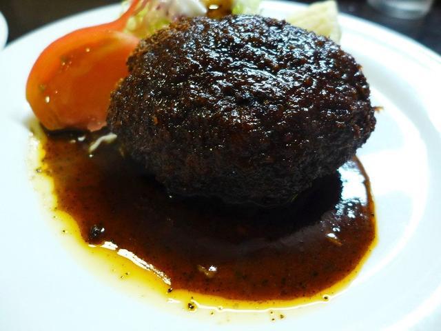 画像1: 本日のランチは谷四にある洋食屋さん「グリル stereo(ステレオ)」に行きました。 この地でとても長く営業されている老舗の洋食屋さんで、今日は実に10年ぶりに行ってきました! こちらのお店はお昼のみの営業で、オープンか... emunoranchi.com