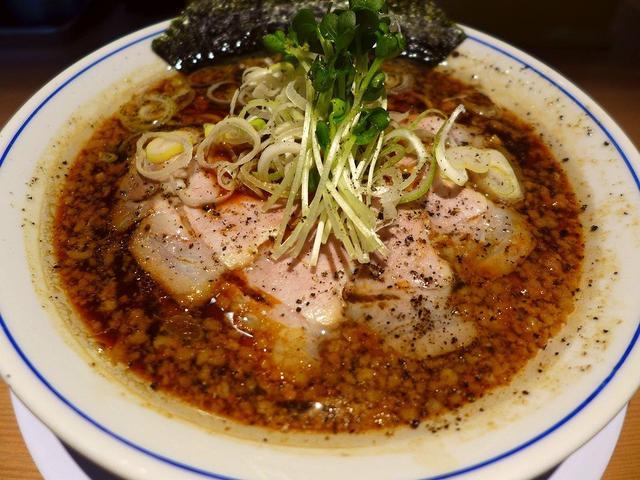 画像: 北新地で人気の中華そばと台湾まぜそばが食べられます! 北新地 「麺や マルショウ 北新地店」