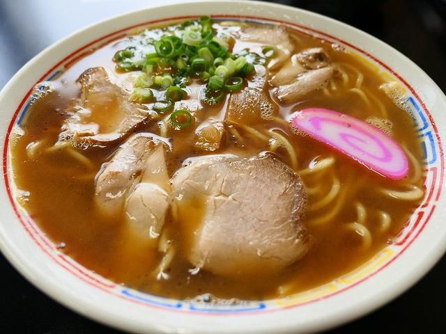 画像: 豚骨醤油のすっきりとした車庫前系和歌山ラーメン! 和歌山県 「〇京」