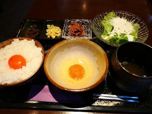 画像: 卵付き卵かけご飯?!高級卵蘭王が2個も食べられる贅沢卵かけご飯定食! 東三国 「鶏料理 高麗園」