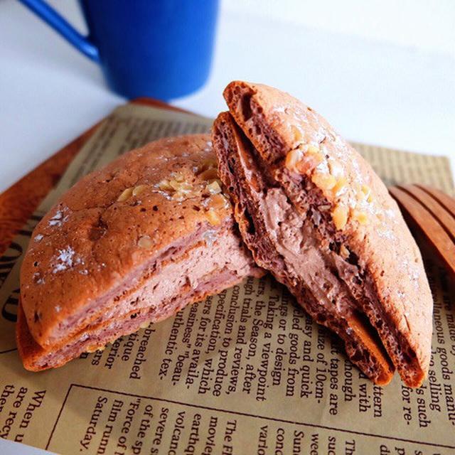 画像: 低糖質スイーツ・ローソン ベルギーチョコのふんわりサンド