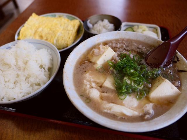 画像: 地元で愛される食堂の肉吸いは強烈に旨みのあるお出汁が唸るほど旨い! 北区天満 「一富士食堂」