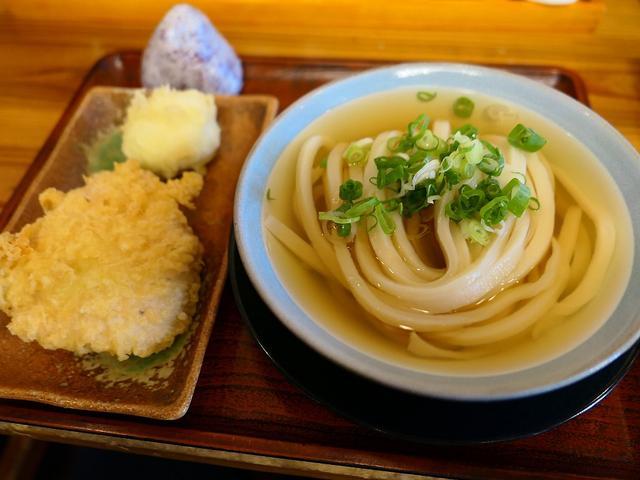 画像: いりこ出汁の素朴な美味しさと強力な腰のうどんは健在です! 兵庫県西宮市 「いわしや」