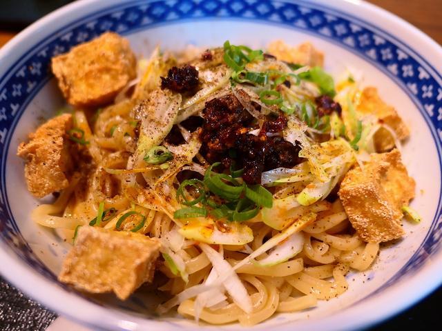 画像: 新ジャンルの汁なし麻婆まぜ麺は驚きの美味しさでした! 天神橋4丁目 「黒龍天神樓」