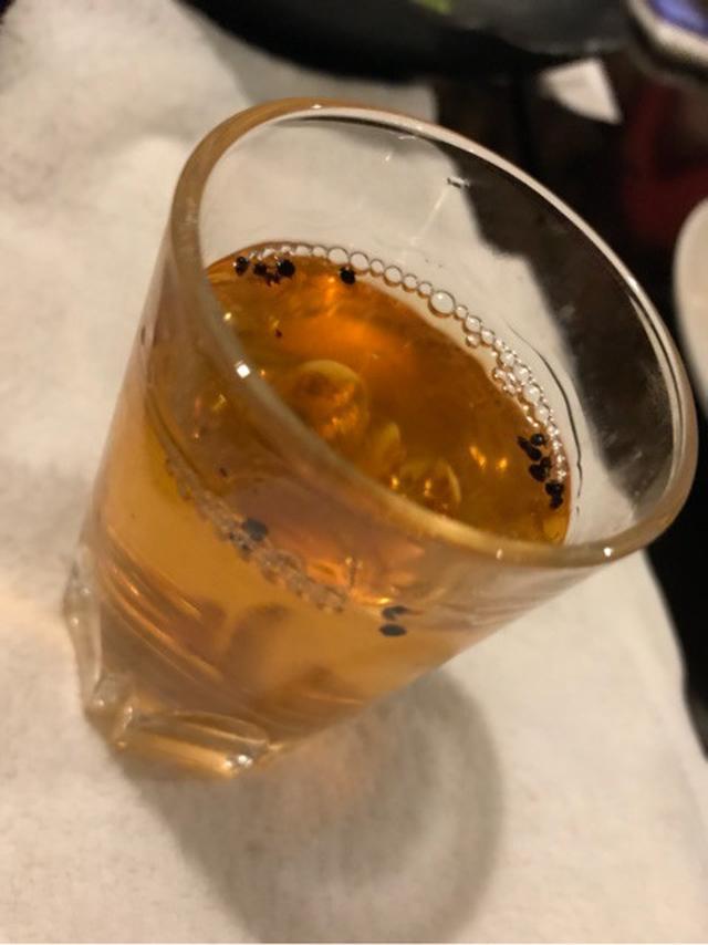 画像: 幡ヶ谷のモンゴル 青空で黒蟻酒