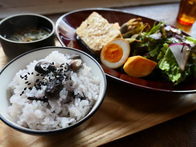 画像: 秋の味覚が満喫できる黒枝豆御飯定食は満足感が高すぎました! 西区京町堀 「グローブピッコラ」