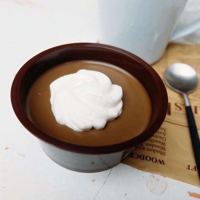 画像: ファミリーマート・ケンズカフェ東京監修 ~ほうじ茶薫る~クレームショコラ
