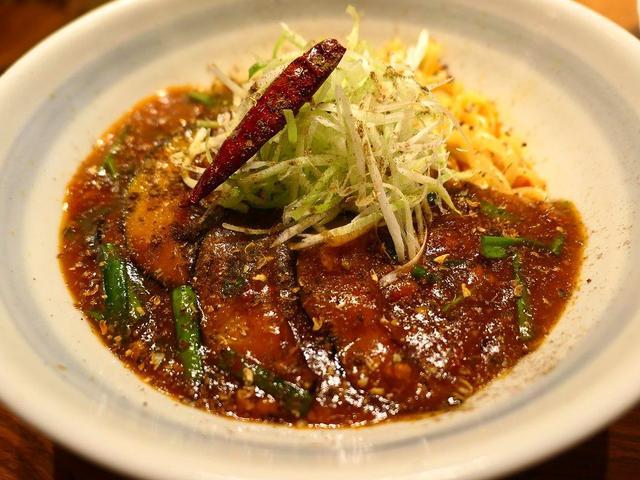 画像: 新登場の麻婆茄子和え麺は本格的な味わいで辛くて体が温まります! 梅田 「らーめん かんじん堂 熊五郎」