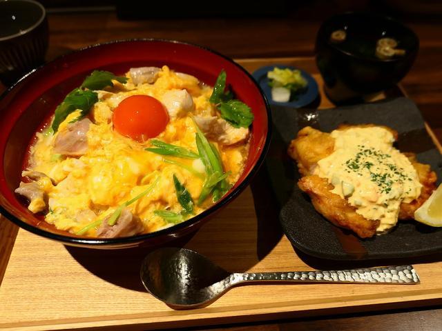 画像: 焼鳥屋さんの近江黒鶏の親子丼ランチ! ルクア大阪 「炭火焼 権兵衛」