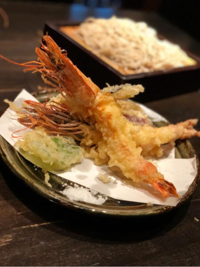 画像: 年越し蕎麦は「有頭の海老天」で縁起をかつごう! 青山「そば 川上庵」