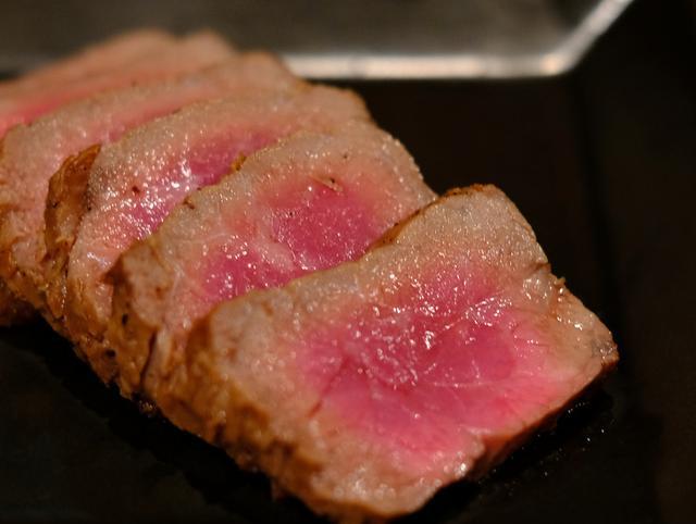 画像: 「肉山那覇の赤身5000円コース」
