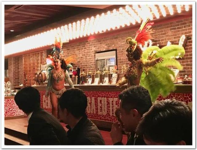 画像: カレーですよ4384(渋谷 シュラスコ&ビアバー GOCCHI BATTA)ブラジリアンカレーとフェジョアーダ。