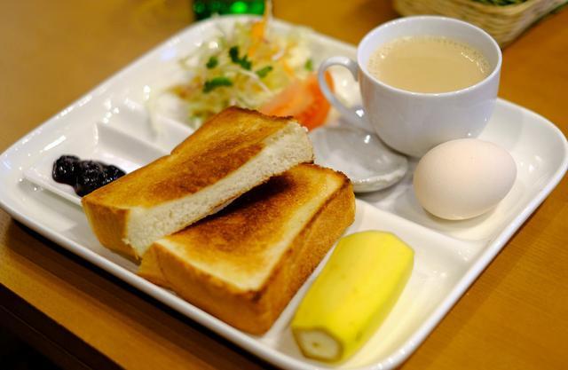 画像: 「日本初の缶コーヒー ヨシタケコーヒーのモーニング」