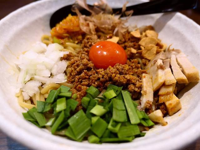 画像: ジャンクで癖になる美味しさがヤバすぎるヤバ台湾まぜ麺! 寺田町 「麺屋 わっしょい」