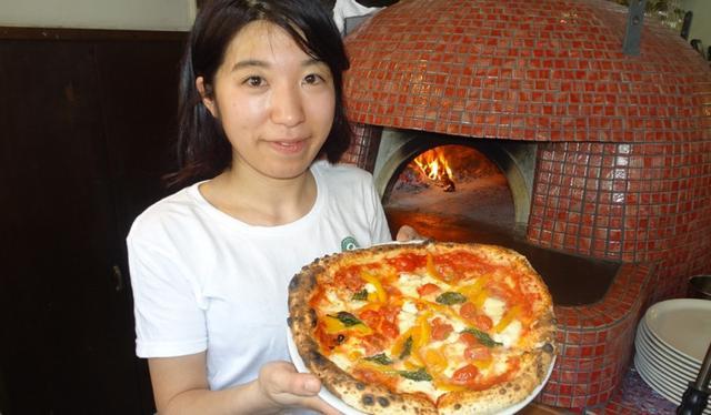 画像: 女性ピッツァ職人コンテストの優勝ピッツァを食べよう!