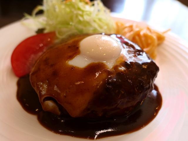 画像: 老舗の正統派洋食店のハンバーグは最高峰に好きな味わいです! 天神橋2丁目 「ぐりる 樹林亭」
