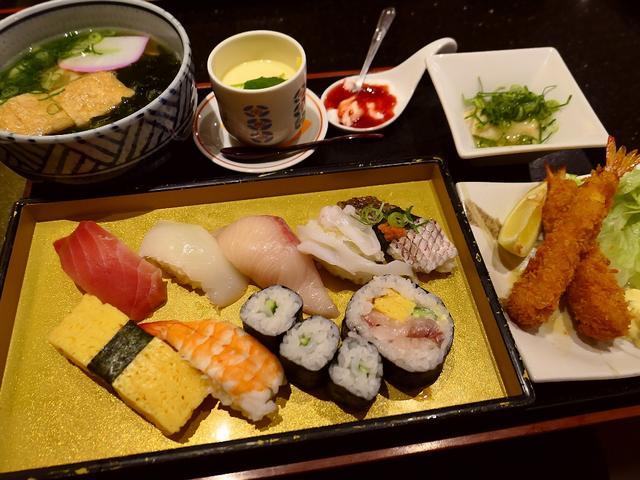 画像: 人気回転寿司店でお昼のお得なランチセットをいただきました! 住之江区 「にぎり長次郎 住之江店」