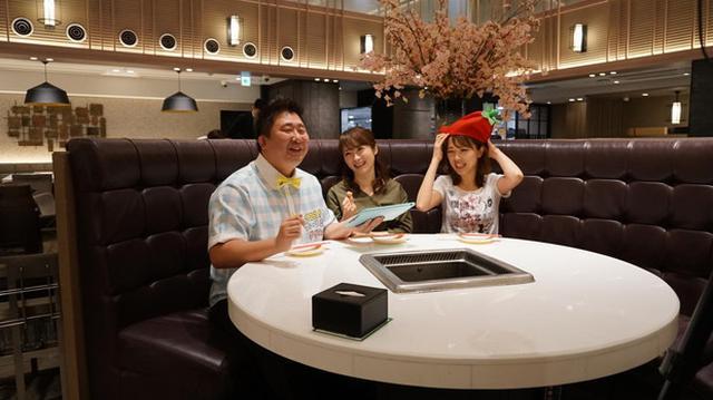 画像: YouTube動画「食べあるキングTV」~海底撈火鍋@池袋~編に出演