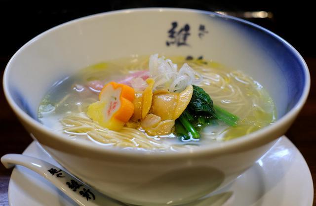 画像: 「目黒 麺や維新の限定 貝汁潮そば」