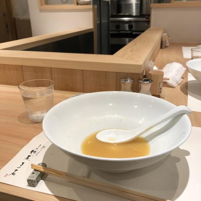 画像: 麺屋ま石(銀座 / ウニ3種盛り鯛ラーメン)