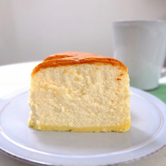 画像: 【おいチーズ】ファミリーマート ・ふんわりしっとりチーズスフレ(デンマーク産クリームチーズ使用)