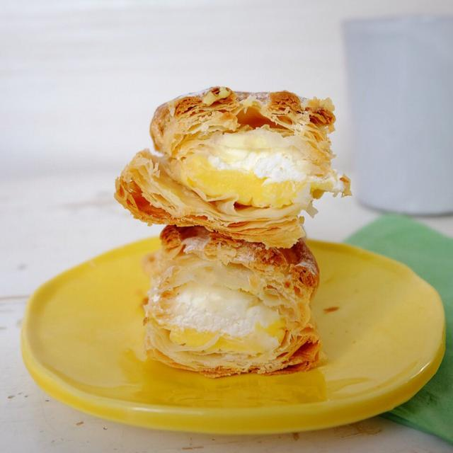 画像: セブンイレブン・バター香るカスタード&ホイップパイ