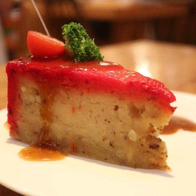 画像: 頂鯛(大阪・北新地 / 肉じゃがケーキ&イクラつっこみ飯)*動画