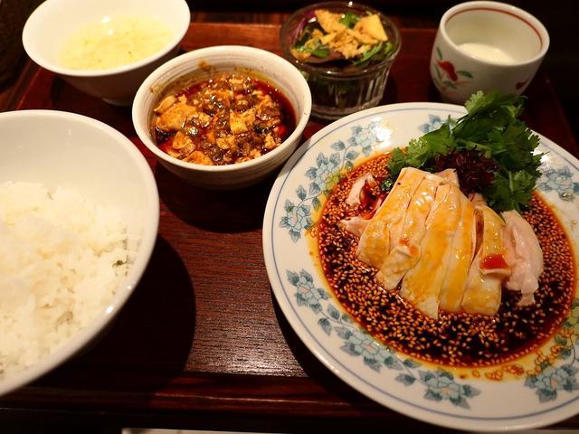 画像: ホテルの名中華出身シェフによる名物よだれ鶏は高級感溢れる味わいでした! 心斎橋 「中華旬彩 森本」