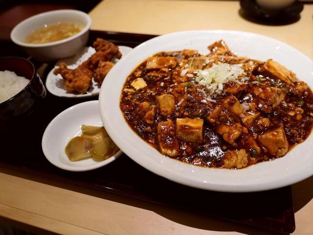 画像: 旨みが濃厚な麻婆豆腐とモチモチ麺の焼きそばが絶妙にマッチした絶品麻婆焼きそば! 京都 「四川料理 洛楽 近鉄京都駅店」
