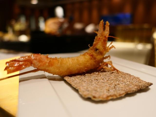画像: ホテルの高級串揚げ店のお昼のコースはとてもお得でお値打ちです! スイスホテル南海大阪 「SHUN(シュン)」