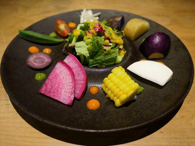 画像: 名店出身シェフによる絶品ハンバーグとこだわり野菜料理がいただける雰囲気も抜群のお店がオープンしました! 京都市中京区 「肉ばたけ」