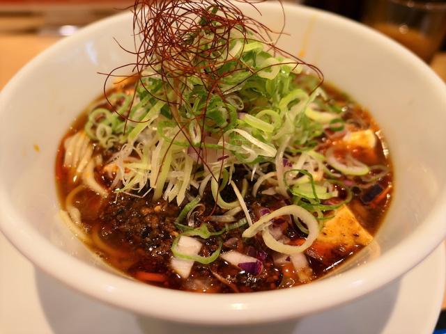 画像: 繊細な鯛出汁と濃厚な旨みの麻婆豆腐が一体となった期間限定の麻婆豆腐ラーメンは病みつき系の美味しさです! 淀川区西中島 「うまい麺には福来たる 西中島店」