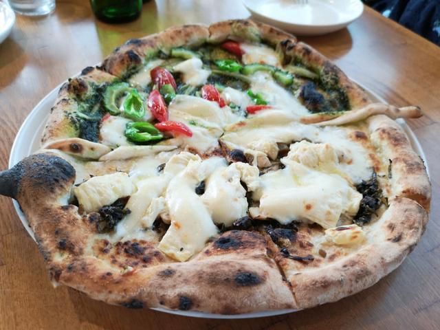 画像: 大人の遠足でご当地食材を使った受賞ピッツァを食べよう!