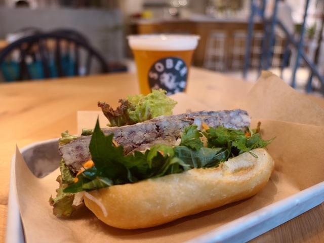 """画像: ベトナムのサンドイッチ """"バインミー"""" を始めとするベトナム料理がお手軽にいただける使い勝手抜群のお店がオープンしました! 西心斎橋 「SOBER TIGER」"""