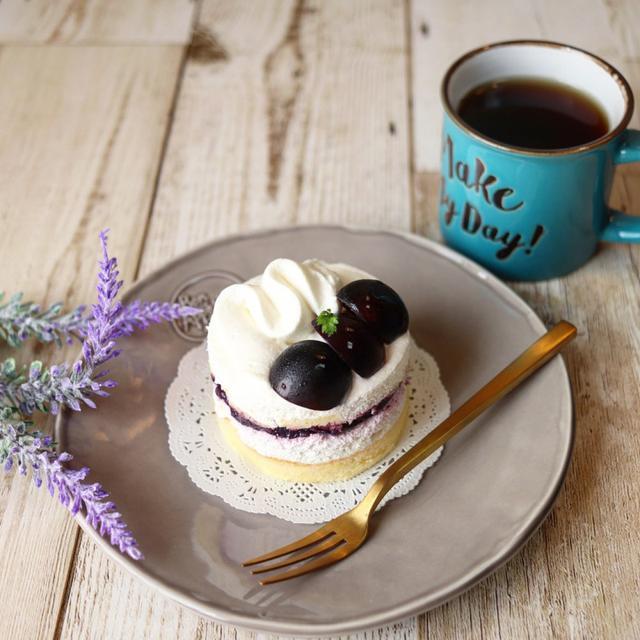 画像: 【おいスイーツ】ローソン ウチカフェ・ぶどうのショートケーキ