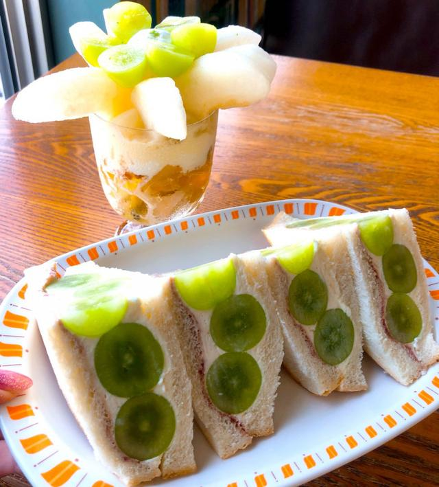 画像: 駒沢「アヂト」で「シャインマスカット サンド」本日9/22から始まりました