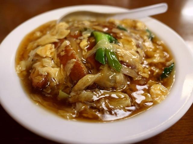 画像: 大衆中華の昔懐かしい味わいの中華風カツ丼! 本町 「珍八香 (チャコ)」
