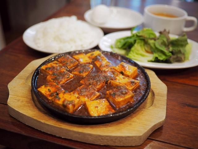 画像: これぞ肉バルの麻婆豆腐!お肉の旨味と甘みとコクが濃厚でご飯が止まりません! 福島区 「パシオン・エ・ナチュール 福島店」
