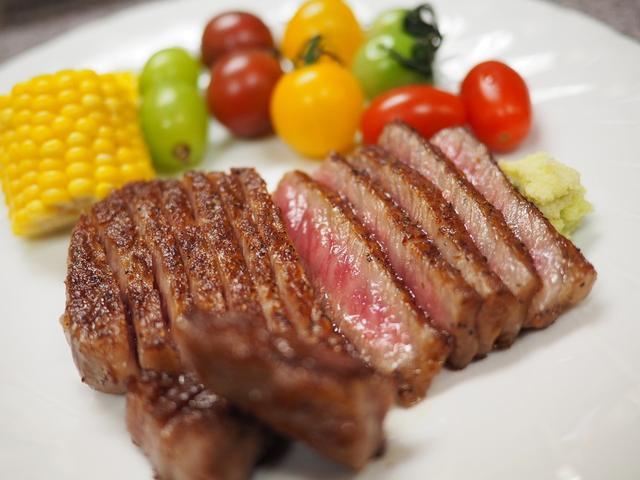 画像: 旬の野菜やフルーツだけでなく魚介もお肉も感動的に美味しい天満のいぶし銀の居酒屋! 北区池田町 「あらかると」