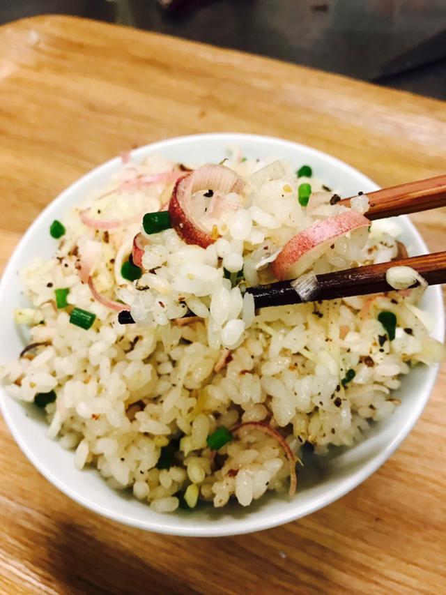 画像: 混ぜて炊くだけ!金目鯛のスパイシーご飯