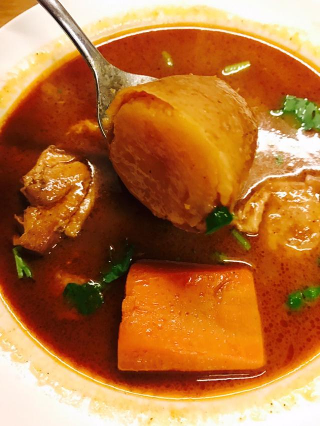 画像: 奥芝商店 えび出汁スープカリー。