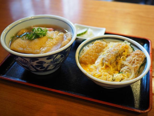 画像: お出汁がしみじみ旨いお蕎麦屋さんのたぬきとミニかつ丼のセットでお腹いっぱいほっこり温まりました! 福島区 「鷺洲やまがそば」