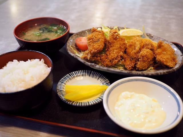 画像: 地元で愛される老舗洋食屋の絶品カキフライ! 森小路 「淀ヤ食堂」